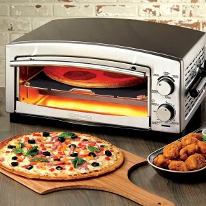BLACK+DECKER P300S 5-Minute Pizza Oven & Snack Maker
